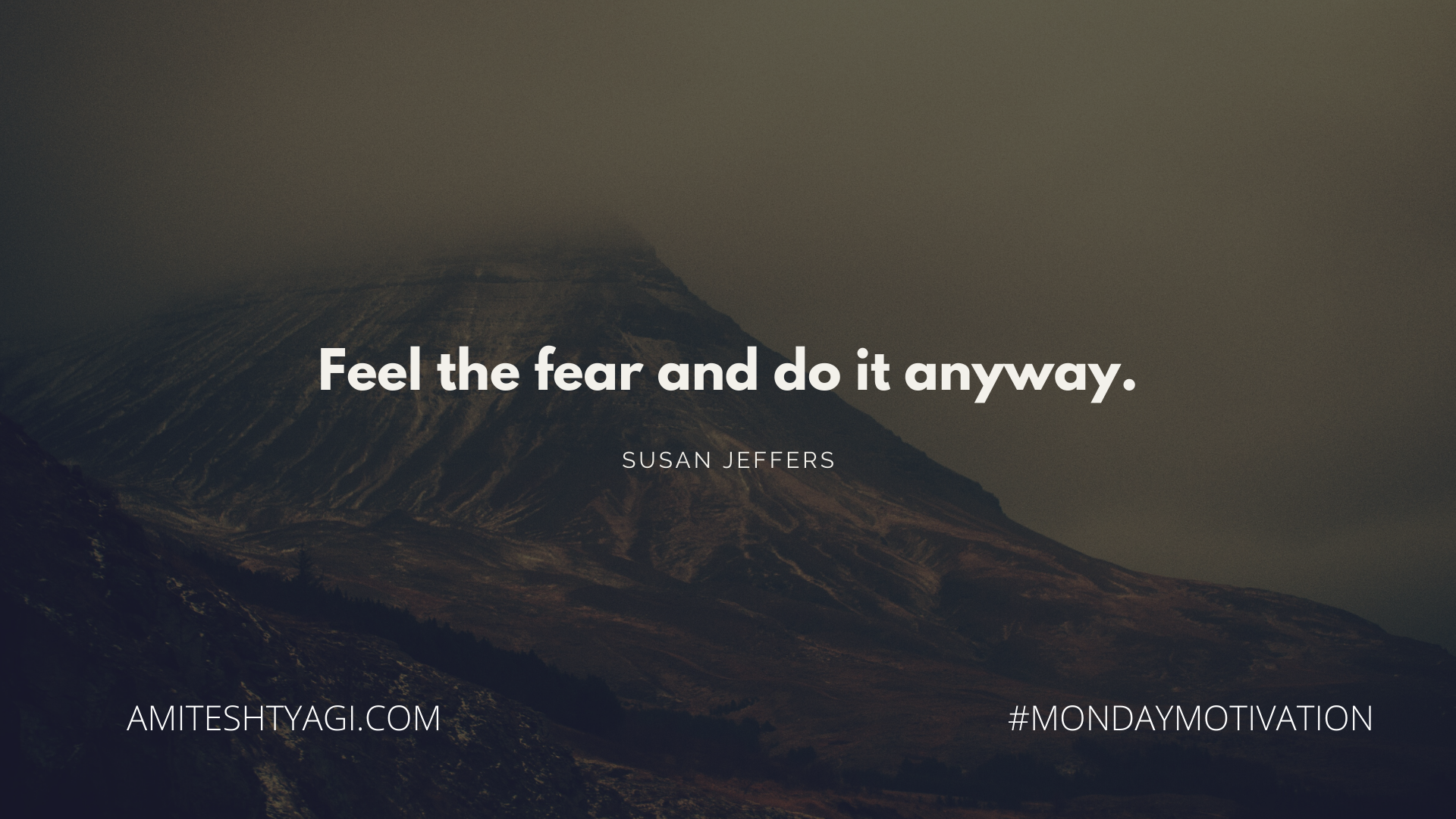 Fear Motivational Quote Desktop Wallpaper